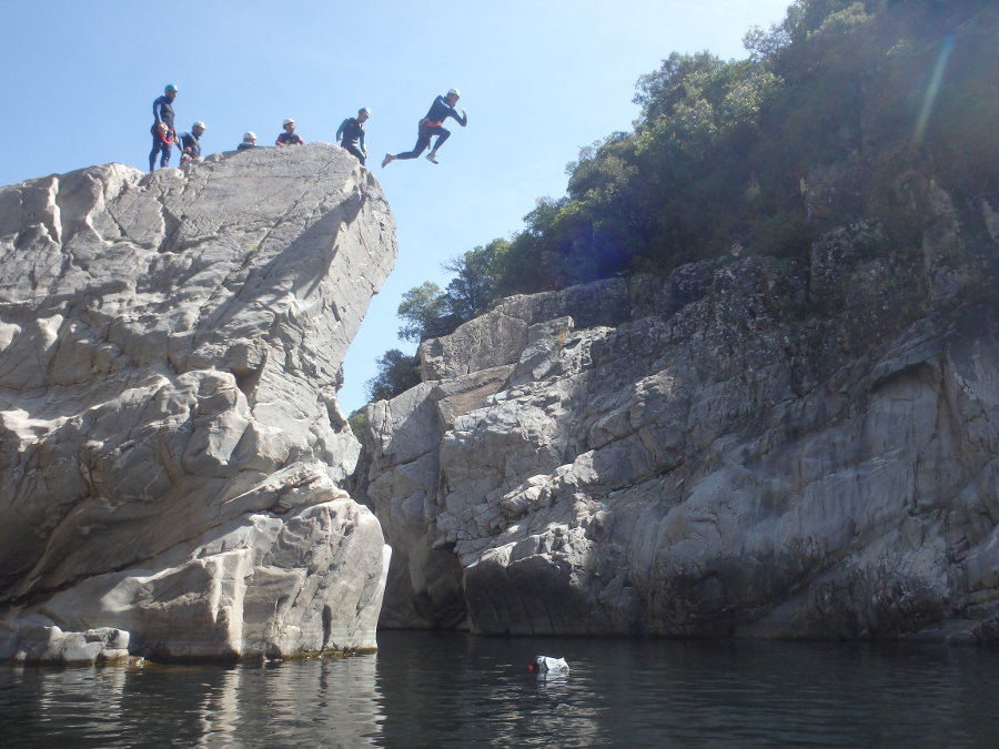 Canyoning Dans Le Gard, Près D'Anduze Et D'Alès Au Canyon Du Soucy