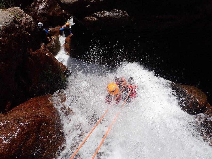 Canyoning Et Rappel Avec Les Moniteurs De Montpellier, Dans Le Canyon Du Tapoul En Cévennes