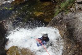 Canyoning En Languedoc-Roussillon Dans Le Gard Et L'Hérault, Dans Le Canyon Des Cascades D'Orgon, Avec Les Moniteurs De Montpellier, Spécialistes Des Activités De Pleine Nature