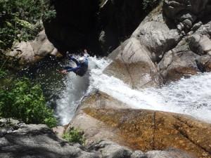 Canyoning en Cévennes dans le Gard et l'Hérault aux cascades d'Orgon, près de Montpellier