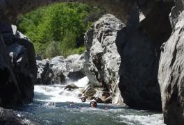 Canyoning Initiation Dans Le Soucy En Cévennes, Dans Le Gard, Près D'Anduze. Avec Les Moniteurs De Sports De Pleine Nature De L'Hérault à Montpellier.