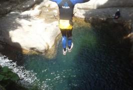 Canyoning Et Activités De Pleine Nature, Près De Millau Dans L'Aveyron, Avec Les Moniteurs D'entre2nature, Basé Sur Montpellier Dans L'Hérault En Languedoc-Roussillon