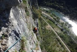 Escalade Grande Voie Dans L'Hérault En Languedoc-Roussillon Avec Les Moniteurs De Montpellier, Spécialiste Des Activités De Pleine Nature