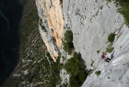 Escalade Et Rappel Dans Le Verdon, Avec Les Moniteurs D'entre2nature, Basé Sur Montpellier En Languedoc-Roussillon. Spécialistes Des Sports De Pleine Nature.