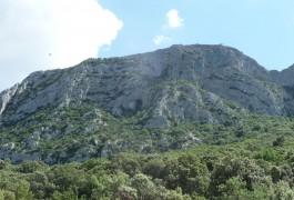 Parcours Aventure Et Randonnée Au Pic St-Loup, Avec Les Moniteurs Escalade De Montpellier Dans L'Hérault Et Du Gard En Languedoc. Sports De Pleine Nature à Sensations.