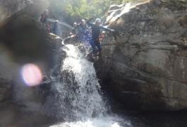Canyoning Au Tapoul Près De Montpellier Dans L'Hérault, Avec Les Moniteurs Du Languedoc-Roussillon En Cévennes