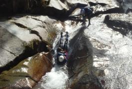 Guide En Canyoning Dans Le Tapoul Entre Les Cévennes Et Le Mont Aigoual: Tobogga, Tyrolienne, Saut Et Rappel