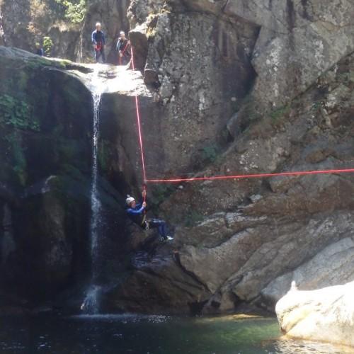 Tyrolienne Splash En Canyoning Au Tapoul Avec Les Moniteurs De Montpellier