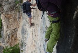 Sports De Pleine Nature En Cévennes: Via-ferrata, Canyoning, Escalade. Entre L'Hérault Et Le Gard.