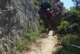 Via-ferrata De Saint-Sériès Dans Le Languedoc, Près De Montpellier, Avec Des Guides Professionnels De Sports De Pleine Nature Dans L'Hérault Et Le Gard.