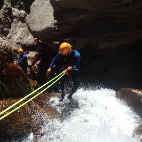 Rappel En Canyoning Dans Les Cévennes Au Tapoul, Entre Le Gard Et L'Hérault