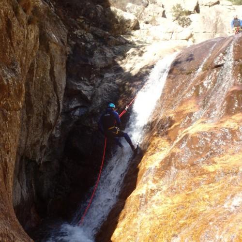 Canyon Du Rec Grand Dans Le Caroux Pour Une Initiation Découverte En Famille Ou Entre Amis
