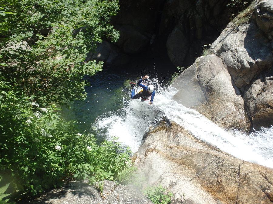 Canyon dans l'Hérault près de Montpellier en Cévennes dans le Gard en Languedoc