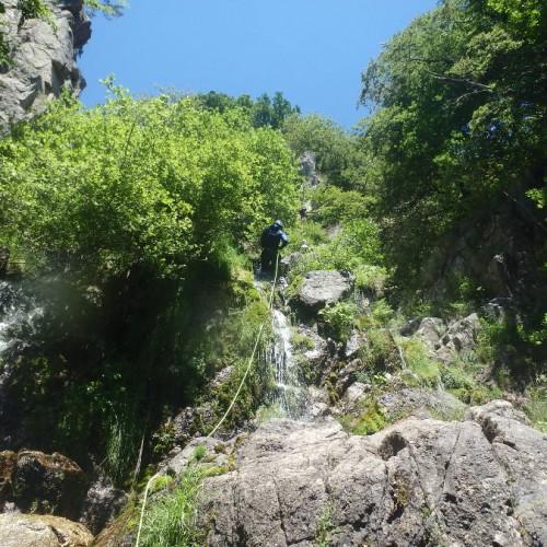 Canyoning Dans Les Cévennes Aux Cascades D'Orgon Dans Le Gard En Languedoc