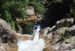 Toboggan En Canyon Près Du Vigan Dans Les Cévennes