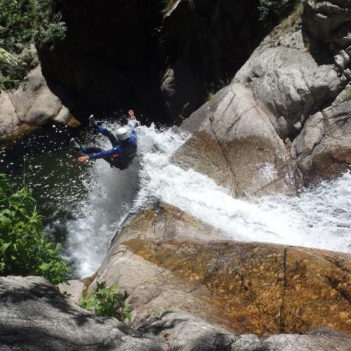 Canyoning En Cévennes Au Mont Aigoual Dans Le Gard, Près Du Vigan