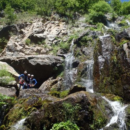 Canyoning à L'Orgon Dans Le Gard Près Du Mont Aigoual En Cévennes