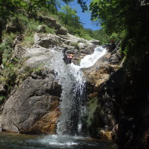 Canyoning En Cévennes Dans Le Gard, Près Du Vigan, Dans L'Orgon