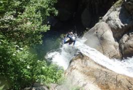 Canyoning En Cévennes Aux Cascades D'Orgon, Près Du Vigan Dans Le Gard