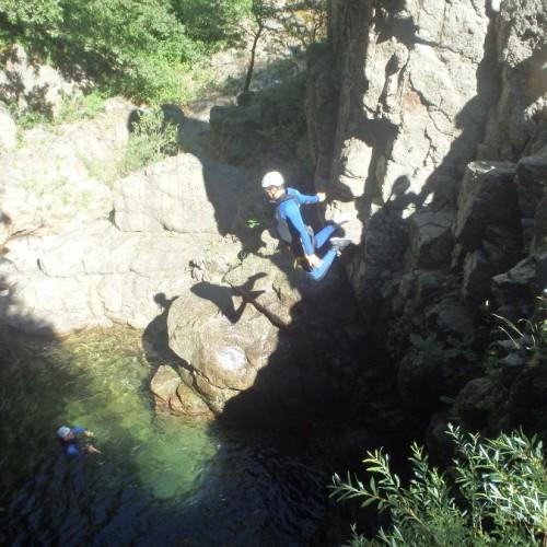 Saut En Canyoning Dans Les Cévennes Aux Cascades D'Orgon, Avec Les Moniteurs De Montpellier