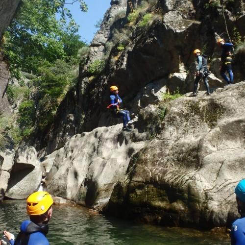Canyoning à Montpellier Dans L'Hérault Et Le Gard En Pleine Cévennes En Languedoc