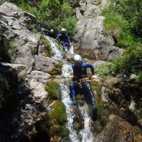 Canyoning Au Vigan Dans Le Gard En Cévennes, Avec Les Moniteurs De L'Montpellier