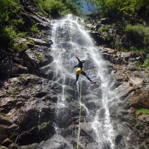 Canyoning Près Du Vigan En Cévennes Aux Cascades D' Orgon, Près De Montpellier