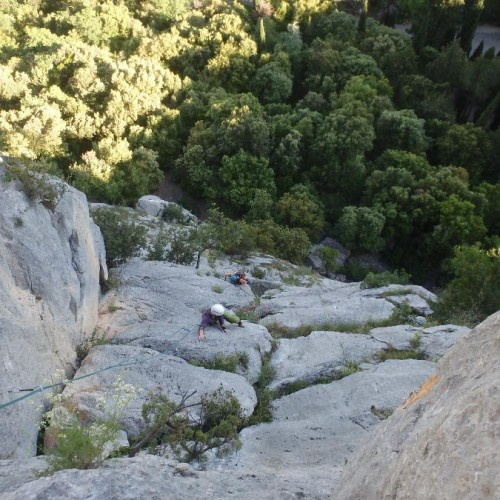 Escalade En Grande Voie En Languedoc Dans L'Hérault Et Le Gard