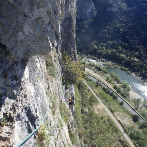 Escalade En Grande Voie Près De Montpellier Avec Les Moniteurs De L'Hérault