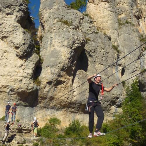 Via-ferrata Près Des Gorges Du Tarn Et De Millau, Dans L'Aveyron, Avec Entre2nature