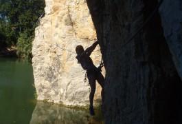 Via-ferrata Au Dessus De L'eau Près De Lunel Et St-Sériès Aux Portes Du Gard