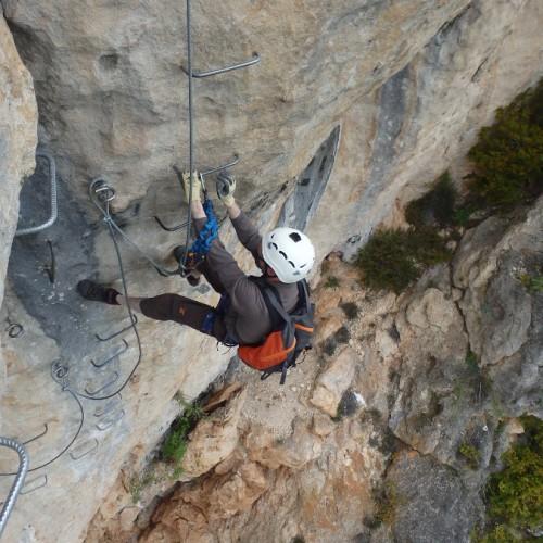 Via-ferrata Pr-s Des Gorges Du Tarn Et Millau Au Liaucous Dans L'Aveyron
